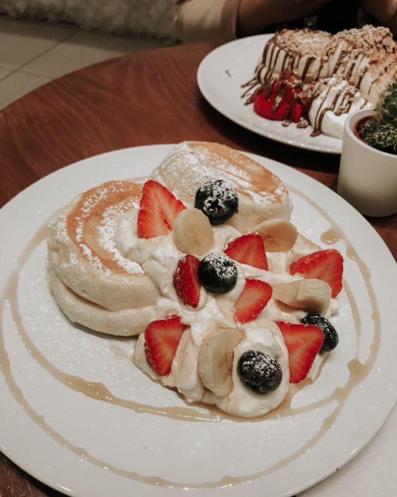 Japanese Fluffy Pancakes | Fuwa Fuwa Café
