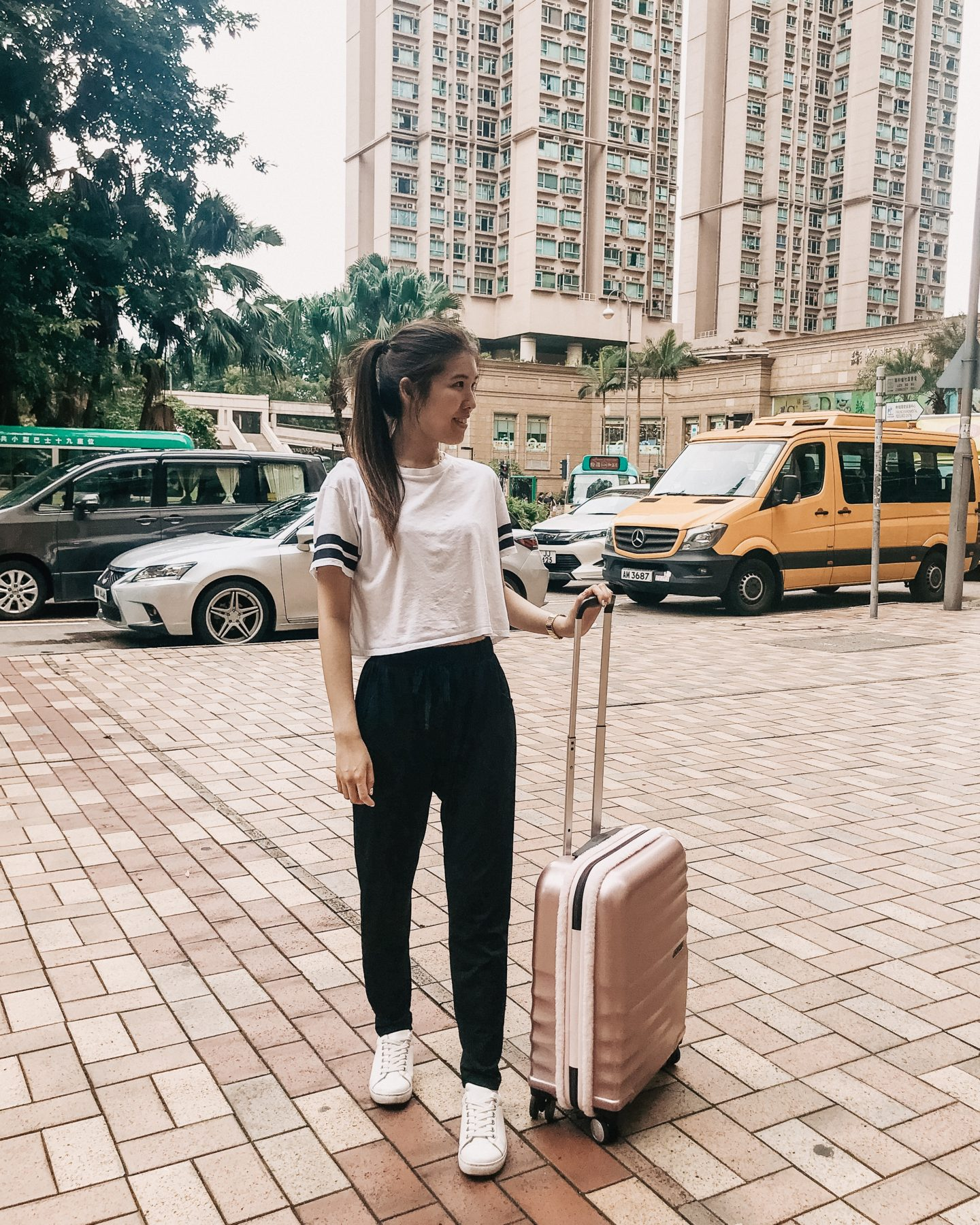 hong kong suitcase travel